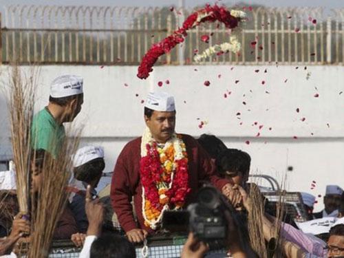 Đảng chống tham nhũng Aam Aadmi (AAP) của ông Arvind Kejriwal khá nổi bật trên cuộc đua Ảnh: AP