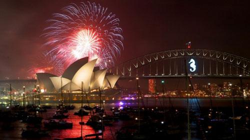 Màn bắn pháo hoa mừng năm mới 2015 tại TP Sydney - Úc Ảnh: SYDNEY MORNING HERALD
