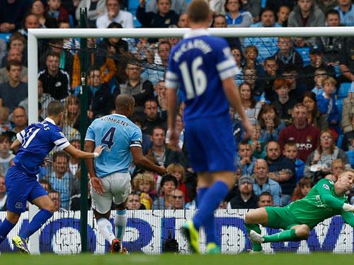Thủ môn J. Hart và hàng thủ Man City sẽ vất vả khi trở lại sân Goodison Park đêm 3-5  Ảnh: MOLDE