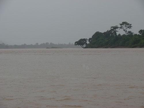 Việc sử dụng có trách nhiệm nguồn nước sông Mê Kông là mối quan tâm chung của các quốc gia trong tiểu vùng. Trong ảnh: Một đoạn sông Mê Kông, khu vực gần Tam giác vàng Ảnh: DƯƠNG QUANG