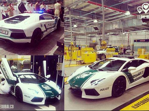 Chiếc Lamborghini Aventador gây xôn xao dư luận khi đầu quân cho cảnh sát Dubai Ảnh: FACEBOOk