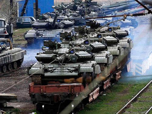 Những kỹ thuật quân sự và vũ khí của các đơn vị quân đội Ukraine ở Crimea sẽ được trả cho Kiev Ảnh: REUTERS