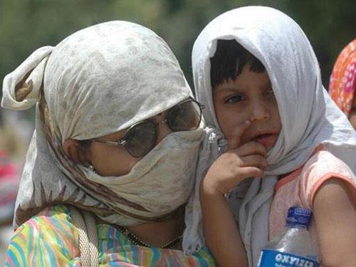 Người dân thành phố New Delhi phải chịu cảnh nắng nóng chưa từng có  Ảnh: SKY MET WEATHER