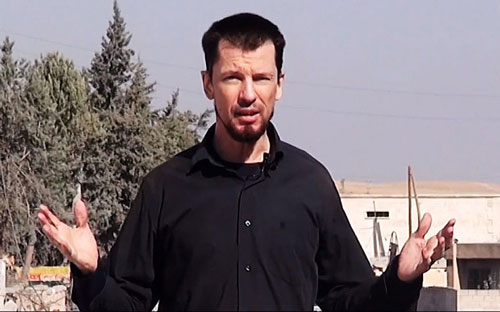 Con tin John Cantlie xuất hiện trong đoạn video mới nhất của IS Ảnh: THE TELEGRAPH