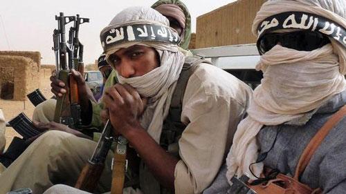 Các chiến binh tổ chức nổi dậy Hồi giáo Ansar al-Sharia Ảnh: AL ARABIYA NEWS