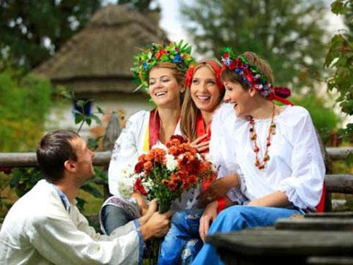 Các cô gái Ukraine đẹp ngoại hình lẫn tính cách Ảnh: STOCK PHOTO
