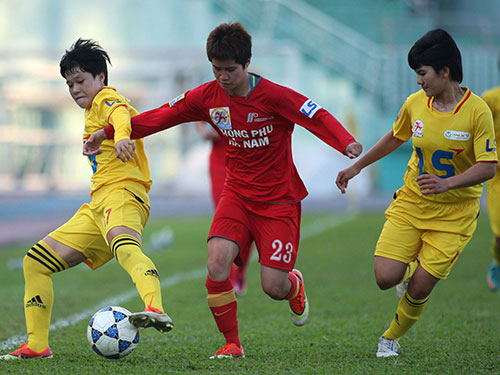 Tuyết Dung (23) là người ghi bàn quyết định giúp Phong phú Hà Nam thắng TP HCM 1-0