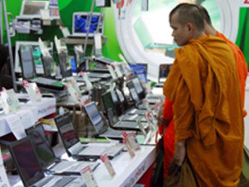 Phần lớn người Thái Lan cho rằng các nhà sư cần kê khai tài sản cá nhân Ảnh: Bloomberg