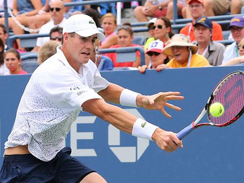 J.Isner bị loại ở vòng 3 trên sân nhà Ảnh:Reuters