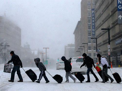 Khoảng 187 triệu người Mỹ bị ảnh hưởng bởi đợt lạnh dữ dội Ảnh: REUTERS