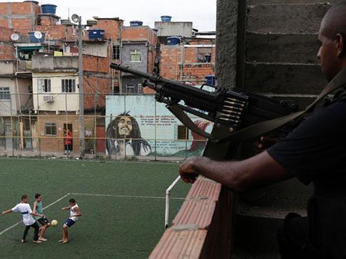 UNICEF cho biết Brazil có gần 15.000 trẻ em thiệt mạng vì bạo lực mỗi năm Ảnh: Reuters