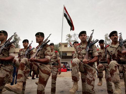 """""""Lính ma"""" chiếm đến 30% trong tổng số 170.000 binh sĩ Iraq hiện tại Ảnh: ISLAM TIMES"""
