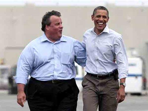 Thống đốc Chris Christie (trái) và Tổng thống Barack Obama Ảnh: RIGHTSPEAK.NET