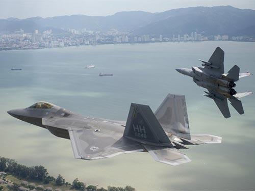 Máy bay chiến đấu F-22 Ảnh: KHÔNG QUÂN MỸ