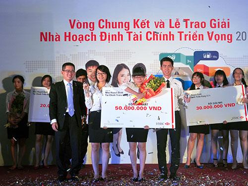 Trao giải cuộc thi Nhà hoạch định tài chính triển vọng do HSBC Việt Nam tổ chức