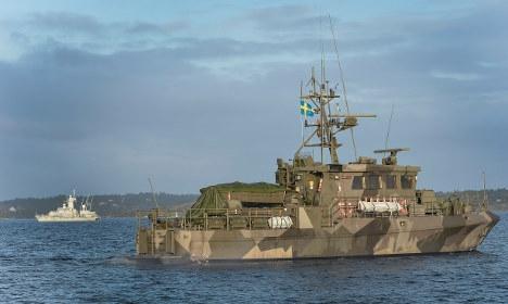 Tàu Thụy Điển săn tìm trong quần đảo Stockholm. Ảnh: TT