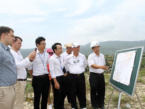 Khảo sát khu vực dự kiến xây Nhà máy Điện hạt nhân Ninh Thuận 1