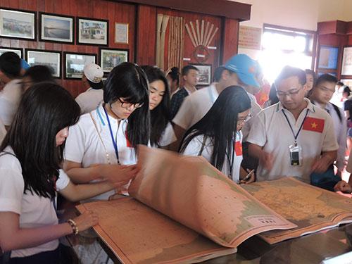 Các hoạt động của thanh niên, sinh viên Việt kiều tại đảo Lý Sơn
