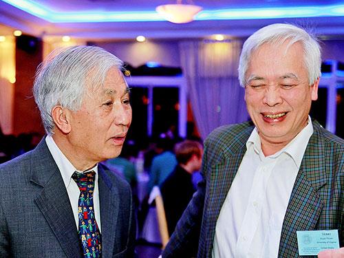 GS Trịnh Xuân Thuận (phải) và GS Trần Thanh Vân tại Trung tâm Quốc tế khoa học - giáo dục liên ngành ở TP Quy Nhơn, tỉnh Bình Định (Ảnh do nhân vật cung cấp)