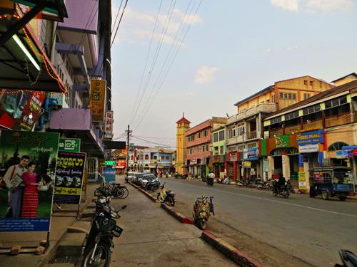 Th-trn-Pyin-Oo-Lwin-yn-bnh-vi-9814-4489-