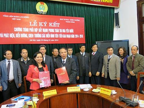 Tổng LĐLĐ Việt Nam và Ban Thi đua - Khen thưởng trung ương ký kết chương trình phối hợp đẩy mạnh phong trào thi đua yêu nước