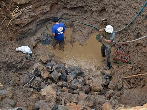 Để có một giếng nước phục vụ sản xuất trong mùa khô, người dân đảo Lý Sơn phải đầu tư 50-70 triệu đồng