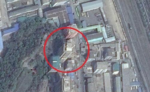 Giới chức Triều Tiên đã ngụy tạo hiện trường giả che mắt vệ tinh. Ảnh: Chosun Media