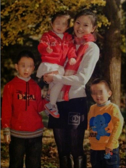 Trương Nghệ Mưu bị phạt hơn 26 tỉ đồng vì sinh nhiều con