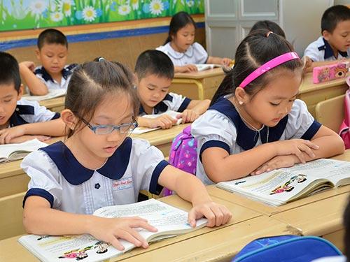 Sách giáo khoa mới sẽ chú trọng phát triển phẩm chất, năng lực người học Ảnh: TẤN THẠNH