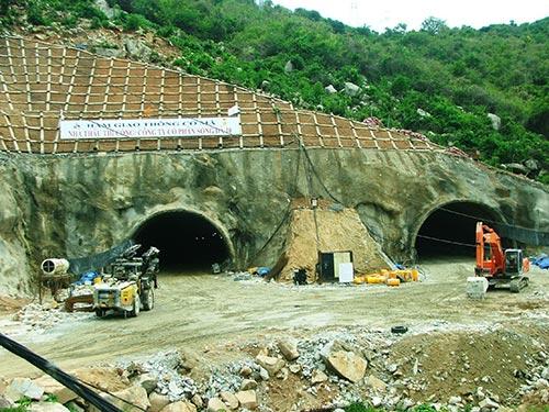 Dự án hầm đường bộ qua đèo Cả được tiết giảm cả ngàn tỉ đồng sau khi rà soát Ảnh: HỒNG ÁNH