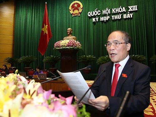 Chủ tịch Quốc hội Nguyễn Sinh Hùng phát biểu bế mạc kỳ họp thứ 7 Ảnh: Long Thắng