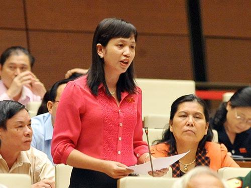 Đại biểu Điểu Huỳnh Sang (Bình Phước) đề nghị không cấp thẻ căn cước cho trẻ sơ sinh vì rất lãng phí  Ảnh: TTXVN