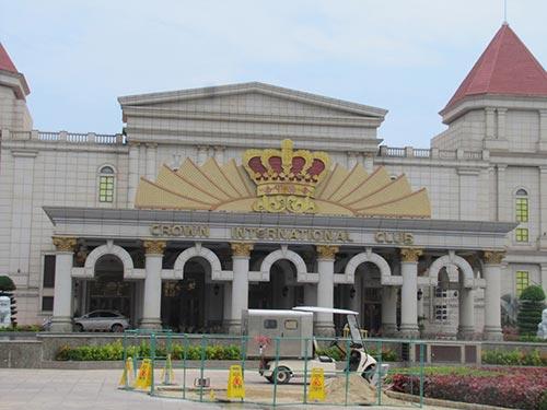 Khu vui chơi có thưởng nằm trong khu nghỉ dưỡng Silver Shores International Resort ở Đà Nẵng lâu nay chỉ dành cho người nước ngoài Ảnh: HOÀNG DŨNG