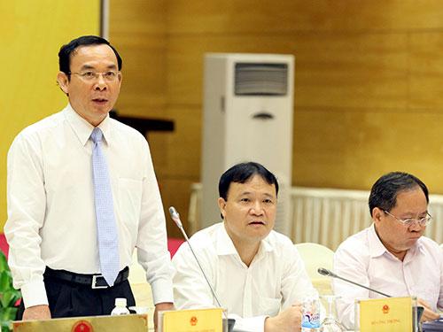 Bộ trưởng - Chủ nhiệm Văn phòng Chính phủ Nguyễn Văn Nên tại buổi họp báo