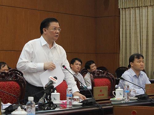 Bộ trưởng Bộ Tài chính Đinh Tiến Dũng đề xuất tăng thuế suất đối với thuốc lá, bia, rượu để hạn chế tiêu dùng