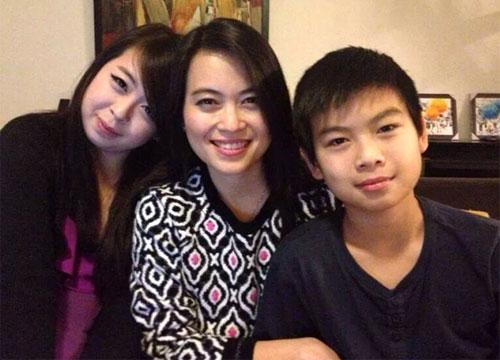 3 mẹ con chị Nguyễn Ngọc Minh (giữa) cùng 2 con Đặng Minh Châu và Đặng Quốc Huy - Ảnh Facebook