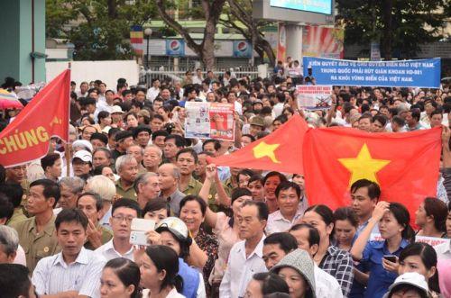 Đến lượt Cần Thơ xuống đường phản đối Trung Quốc
