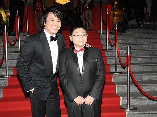 Ca sĩ Thanh Bùi và bé Huỳnh Hữu Đại