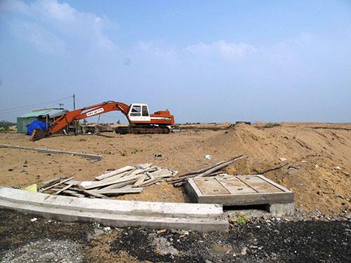 Khu tái định cư Phú Lạc hiện vẫn còn ngổn ngang