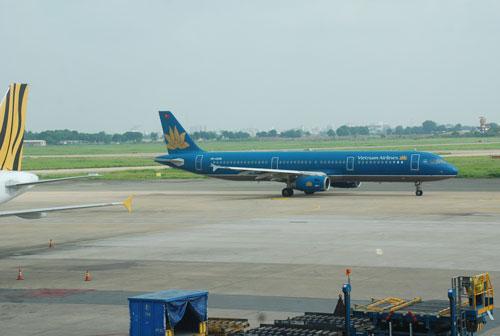 Sân bay Tân Sơn Nhất được đánh giá là đã quá tải và khó phát triển, mở rộng nên cần đầu tư xây dựng sân bay Long ThànhẢnh: TẤN THẠNH