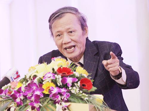 """GS Nguyễn Văn Hùng, Hiệu trưởng Trường ĐH Lương Thế Vinh: """"Toàn người công lập làm chính sách cho dân lập, tư thục...""""Ảnh: XUÂN TRUNG"""