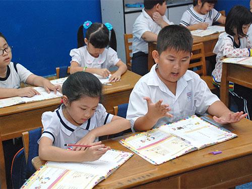 Học sinh học chương trình Cambrigde tại Trường Tiểu học Minh Đạo, quận 5- TP HCMẢnh: TẤN THẠNH