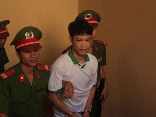 Lê Bá Mai đã rất nhiều lần bị đưa ra tòa xét xử Ảnh: Tân Tiến