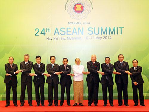 Dù lợi ích kinh tế và quan hệ của từng nước với Trung Quốc khác nhau nhưng ASEAN đã cùng cất tiếng nói đồng thuận, cứng rắn về vấn đề biển Đông   Ảnh: ĐỨC TÁM