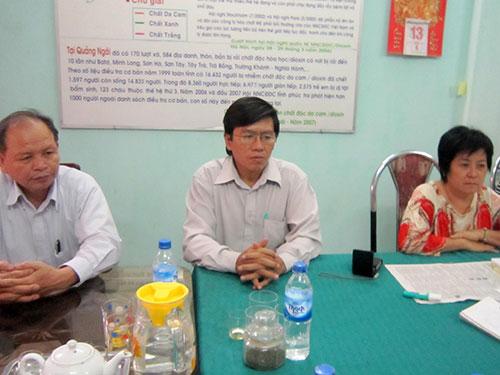 Đoàn công tác của Công ty Toàn Cầu làm việc với Hội Nạn nhân chất độc da cam tỉnh Quảng Ngãi ngày 14-10-2013 Ảnh: HỘI NẠN NHÂN CHẤT ĐỘC DA CAM TỈNH QUẢNG NGÃI CUNG CẤP
