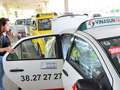 Sắp tới, hoạt động taxi sẽ được kiểm soát chặt hơn Ảnh: Tấn Thạnh
