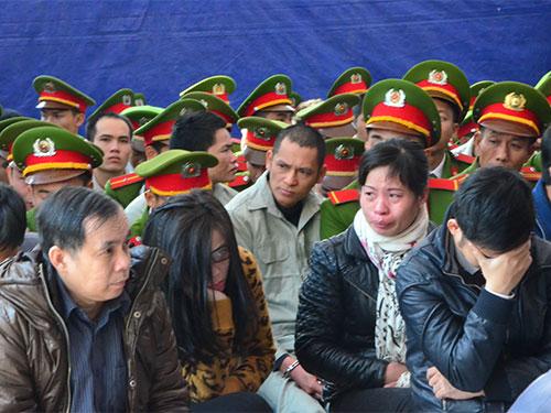Phiên tòa có đến 30 bị cáo lãnh án tử hình