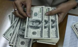 Giá USD ở các ngân hàng thương mại tiếp tục tăng nhẹ vào sáng 6-10.