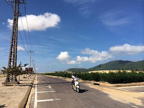 Khu Kinh tế Nhơn Hội (tỉnh Bình Định) đã dành đất sẵn cho dự án lọc dầu 22 tỉ USD Ảnh: ANH TÚ