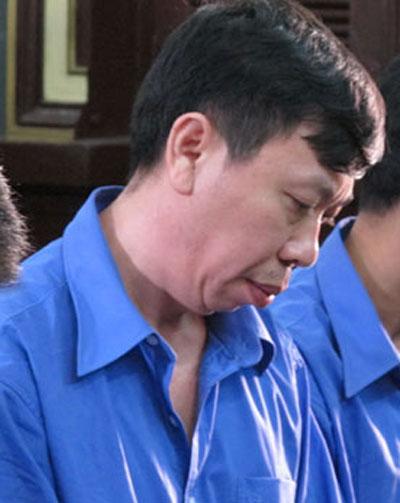 """Vụ """"tập đoàn kích dục"""" Tân Hoàng Phát: 6 năm chưa xong 1 vụ án!"""